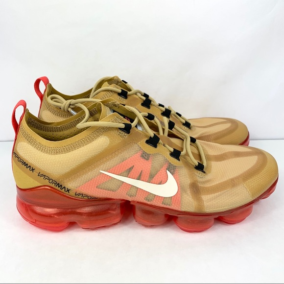 super popular 6258c 761fa Nike Air Vapormax 2019 Club Gold Red Shoes Mens